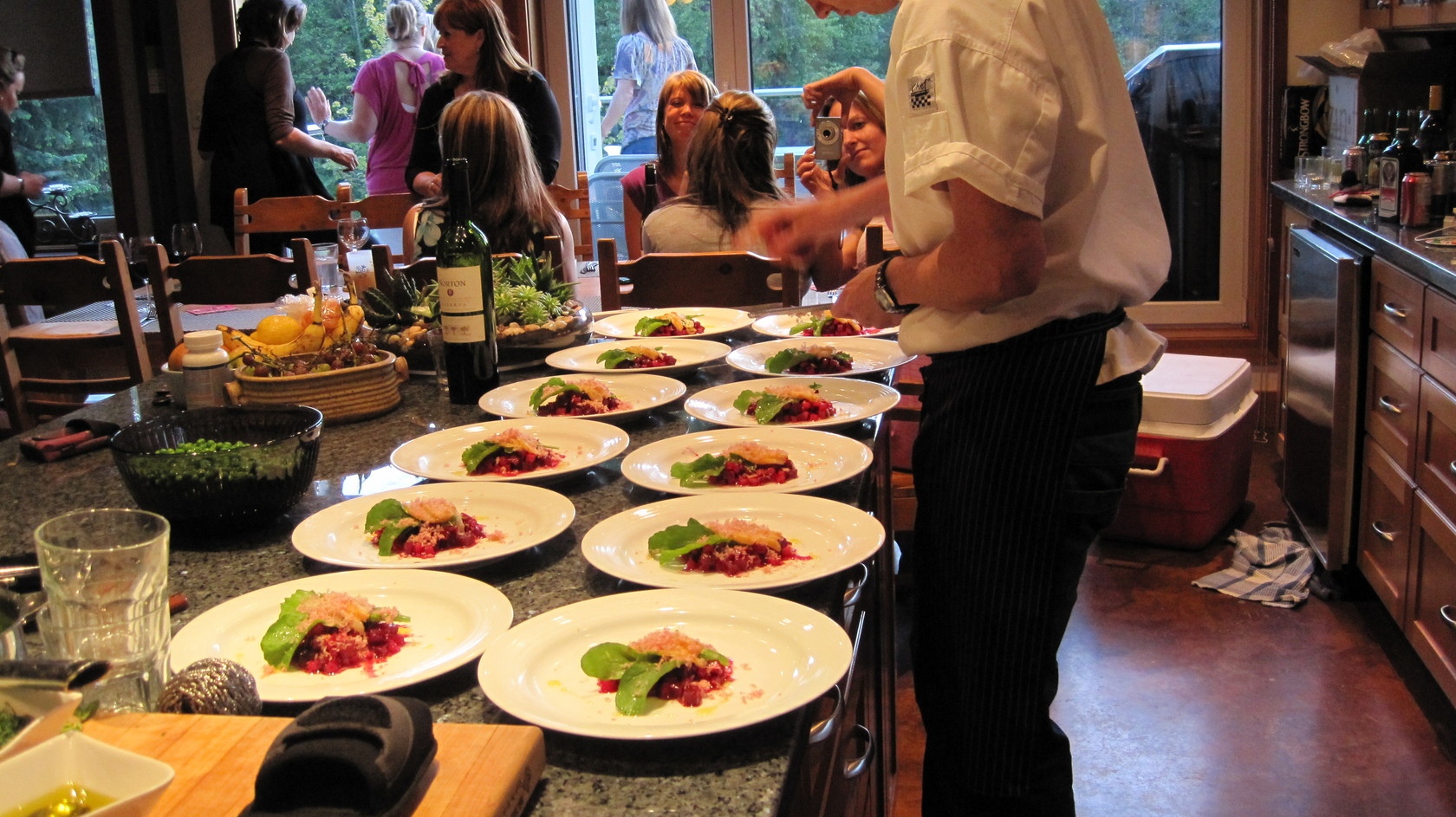 Romantic fun vancouver restaurant new catering company for Catering companies