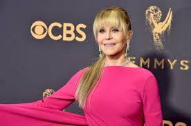 Jane Fonda Talks Being Reunited with Robert Redford… inBed