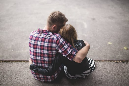 Dealing With Anxiety In a Relationship: How Can You Help YourPartner?